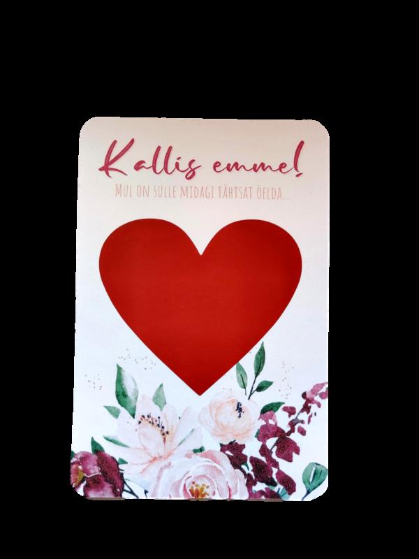 Punaste roosidega emadepäeva kaart